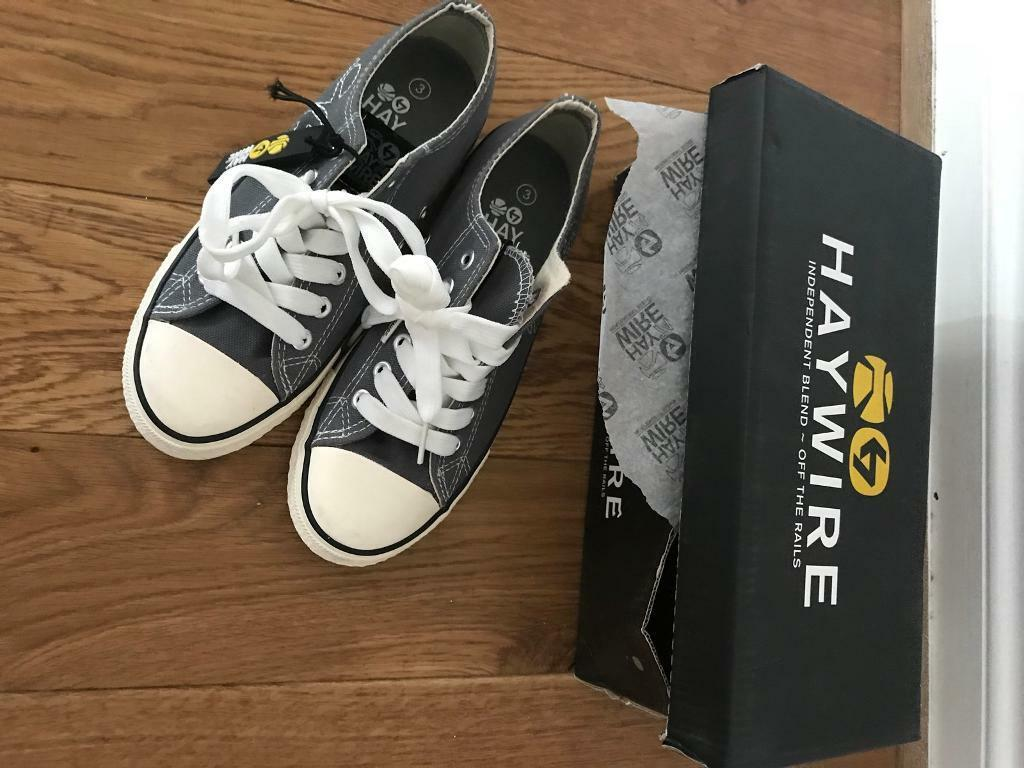 fee4a2bce90883 Boys brand new haywire like Converse trainer shoes designer size 3 casual  cost £25. Bargain