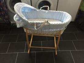 Clair de lune dimple wicker mosses basket and stand