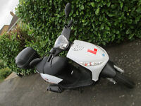 Paiggio Zip 50 2T White immaculate low mileage, 1 lady owner, garaged overnight