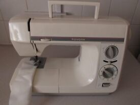 TOYOTA SEWING MACHINE MODEL 4031.