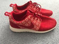 Nike Roshe 1 Winter Edition size 10.5