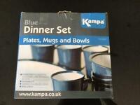 Kampa Blue Dinner Set