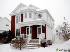349 000$ - Maison 2 étages à vendre à Ste-Julie