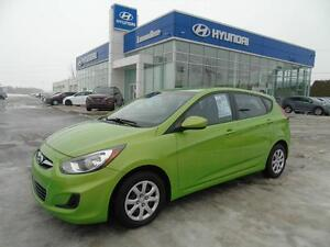 Hyundai Accent GL 2012 ***FULL GARANTIE OCT 2018/140000KM***