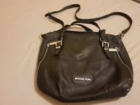 MICHESL KORS handbag/purse
