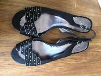 Black size 8 sandals