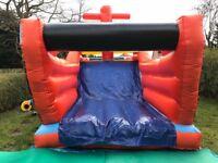 Bouncy castle slide fun fun, assault course
