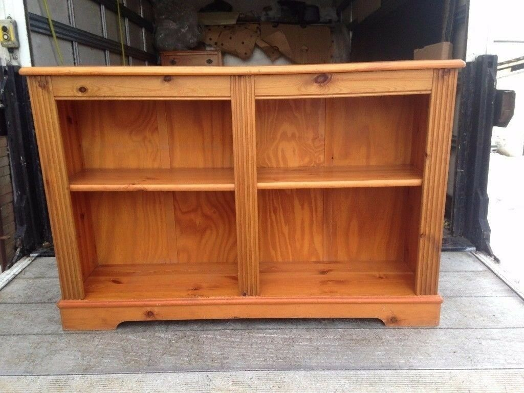 SOLID WAXED PINE BOOKCASE IN EXCELLENT USED CONDITION ,FREE LOCAL DELIVERY AVAILABLE 07486933766
