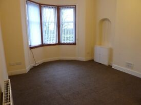 1 Bedroom Flat, Tollcross Road overlooking Tollcross Park