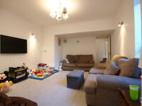 A stunning 2 double bedroom garden flat with masses of storage on a beautiful street in Crouch End