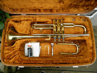 Corton Trumpet with mouthpiece and carrying case