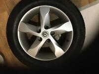 Alloy wheels with very good tyres