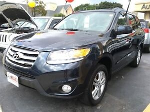 2012 HYUNDAI SANTA FE GL 2.4- SUNROOF, SATELLITE RADIO, BLUETOOT