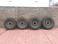 Land Rover Steel Wheels and Tyres 750x16