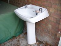 Pedestal Basin with taps