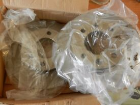 (REDUCED NOW TO ONLY £25)..PEUGEOT 307 REAR BRAKE DISCS..(BRAND NEW)