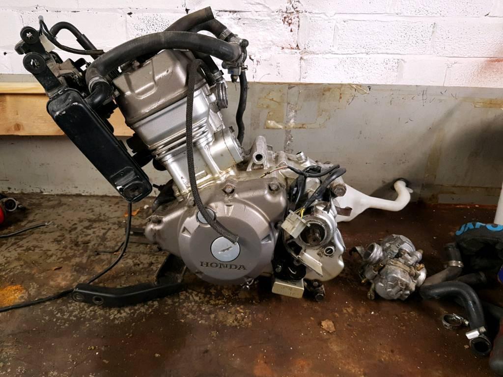 Honda cbr125 engine with extras