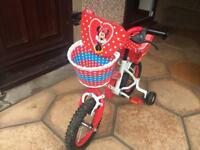 Minnie Mouse girls bike. Age 3-5
