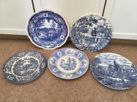 Set Of 5 Vintage Blue/White Pattern Plates