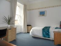 Fabulous Newington flat - large double room available for 6/7 months from Sept (425/month