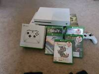 FOR SALE - XBOX one s, 1TB, barely used