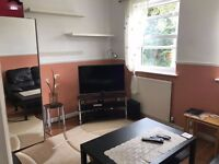 Double room near NORBURY station. Inclusive of all bills £375pcm . SW16 4UY.