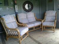 ★CANE 2 SEATER SETTEE & 2 CHAIRS ★