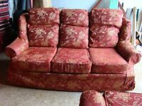 3 SEATER SETTEE PLUS MATCHING CHAIR GOOD CONDITION