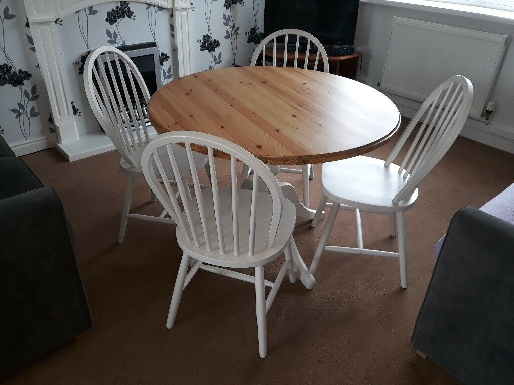 Solid pine round farmhouse/country style dining table and ...