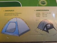 Complete Camping set with Tent ,airmatras, tin bottles, airpump and sleeping bag!