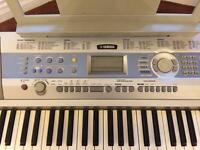 Yamaha Keyboard DGX-200