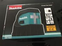 Makita Self Levelling & Cross-line Laser Level Model No: SK102Z