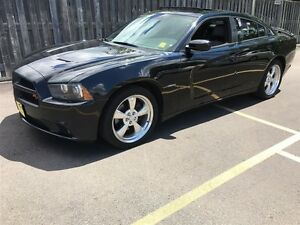 2012 Dodge Charger R/T, Automatic, Hemi, Sunroof, Heated Seats