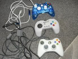 PS 2 X2 + X BOX CONTROLERS. WIRED