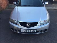 currently selling a good condition honda accort