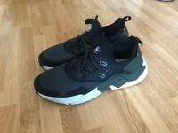 Nike Huaraches men size 12