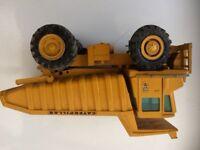 Genuine caterpillar lorry