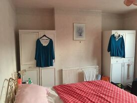 two extra large double bedroom, one double and a single bedroom for rent near Seven kings station