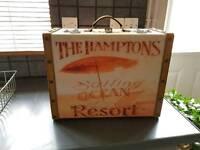 Hampton design case