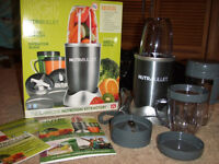 Nutribullet 600w new in box 12 pieces set
