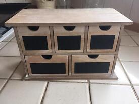 New wooden jewellery box