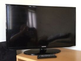 "Samsung 32"" Widescreen Full HD 1080p LED TV with Freeview"