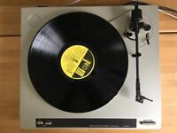 Rotel RP 820 vintage turntable