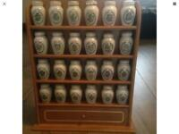 Gloria Vanderbilt spice jar collection full set