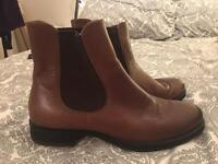 Chelsea boots size 7