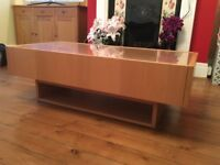 Oak veneer coffee table with drawers & glass display top