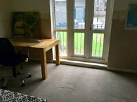 Two double room in the same flat- zone 1 Hoxton Station
