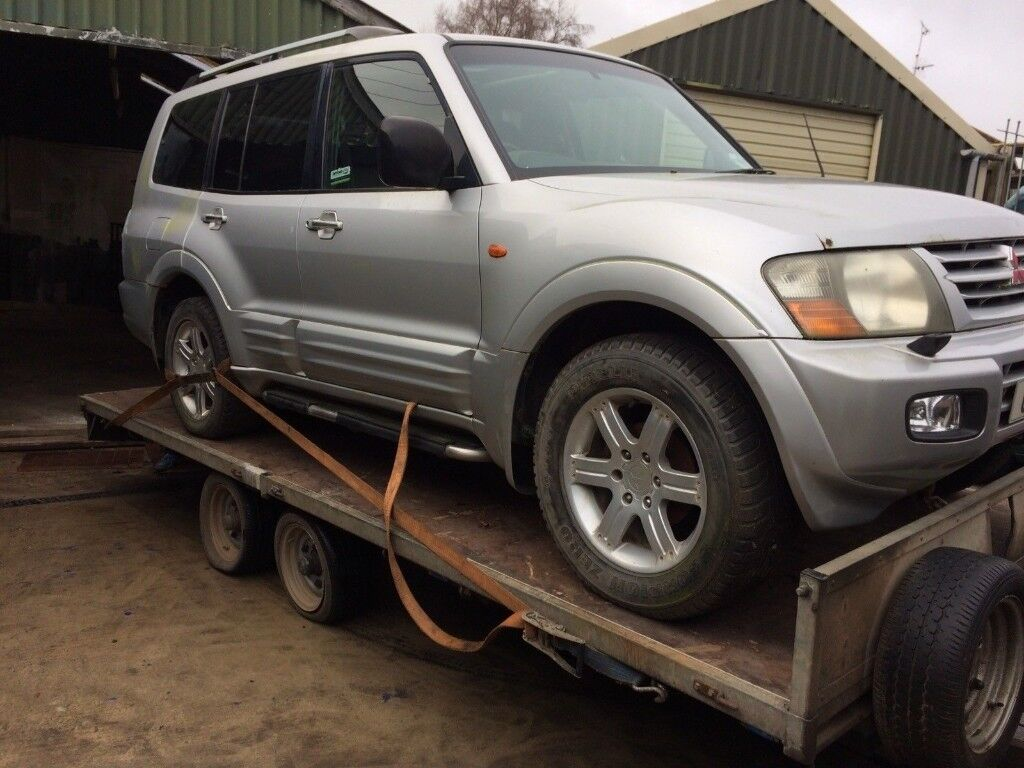 breaking Mitsubishi Shogun 3.2did for parts gearbox pump interior doors,diff ,shaft,airbags, engine