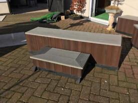 Hot tub seating/steps
