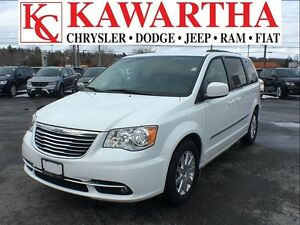 2016 Chrysler Town & Country TOURING *PRICE REDUCED!!!*